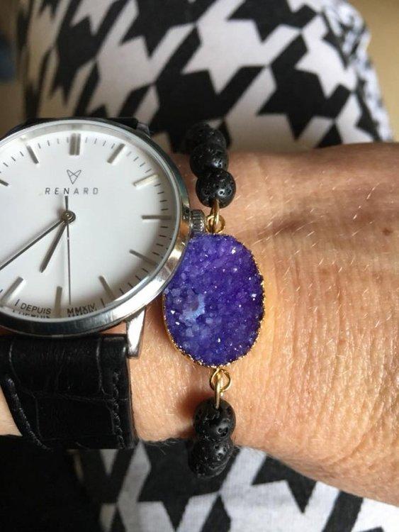 Armband van paarse druzy agaat en lavasteen