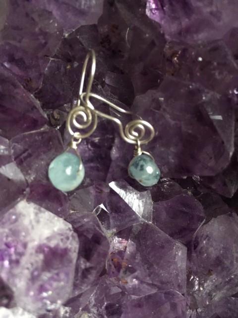 Zilveren oorbellen van aquamarijn