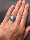 Eenvoudige maar prachtige rechthoekige ring van labradoriet in zilveren zetting, maat 17_