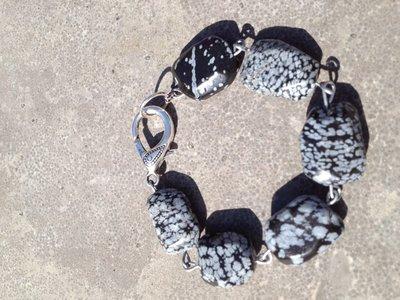 Stoere armband van sneeuwvlok obsidiaan
