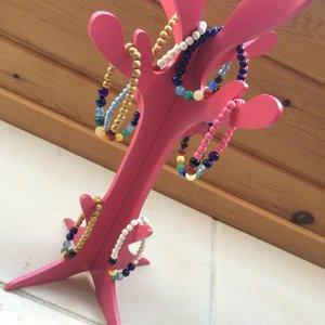 chakra armbandjes in verschillende kleuren