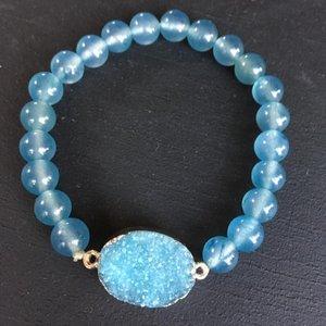 Armband van blauwe agaat met druzy